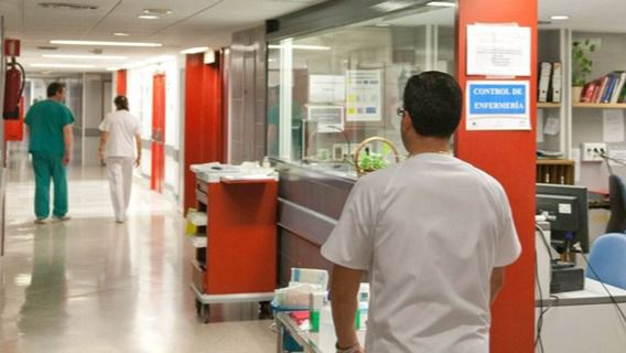Salut paga antes del 20D la deuda horaria a los enfermeros
