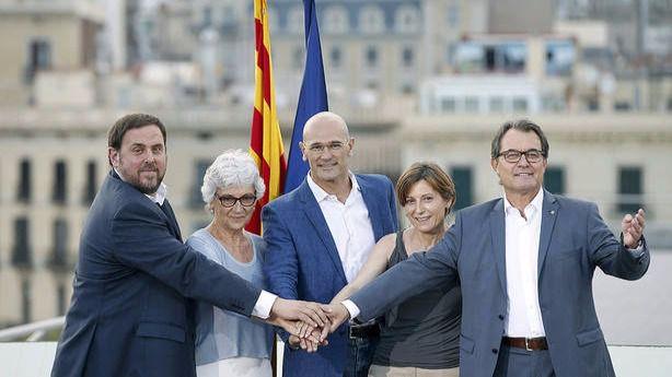 JuntsxSí y la CUP pactan un preacuerdo de investidura en Catalunya