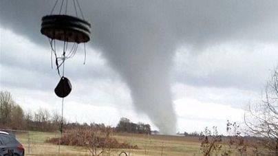 6 muertos en EE.UU. por tornados y fuertes tormentas