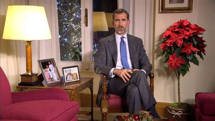 Felipe VI insta a los partidos a que piensen ante todo en España