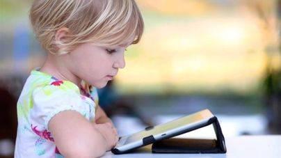 Un ni�o necesita 2 a�os para ser un mini 'crack' de las nuevas tecnolog�as