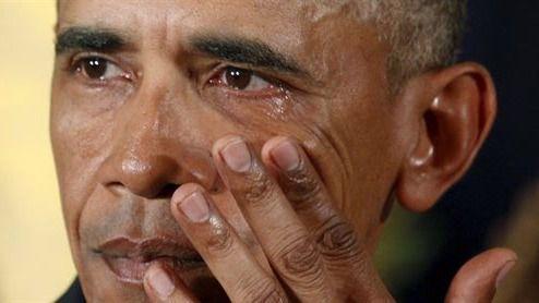Obama defiende entre lágrimas sus medidas sobre control de armas