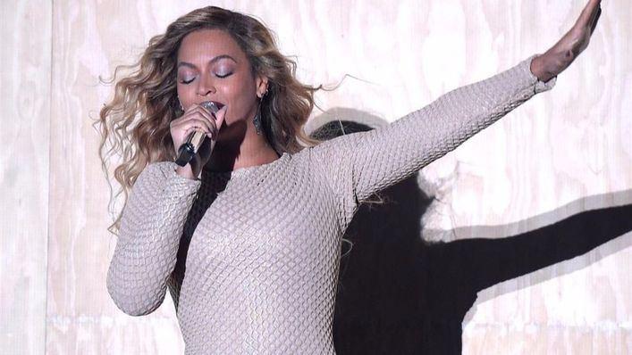Beyoncé acompañará a Coldplay en la Super Bowl