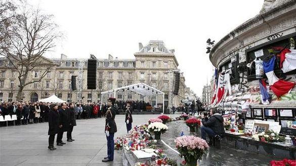 Sobrio homenaje en París a las víctimas del terrorismo