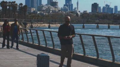 Creada una maleta autónoma que sigue a su propietario