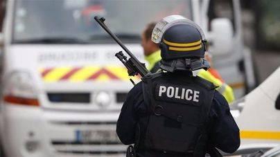 Los terroristas de los atentados de París tenían 3 pisos francos en Bélgica