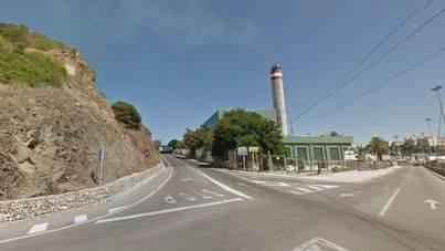 Los Tedax detonan una maleta sospechosa en la carretera de La Mola de Maó
