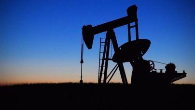 El precio del petróleo cae a su nivel más bajo desde 2003