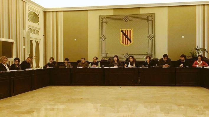 A Armengol le parece bien la cesión de senadores socialistas a ERC