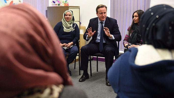 Reino Unido deportará a las musulmanas que no hablen inglés