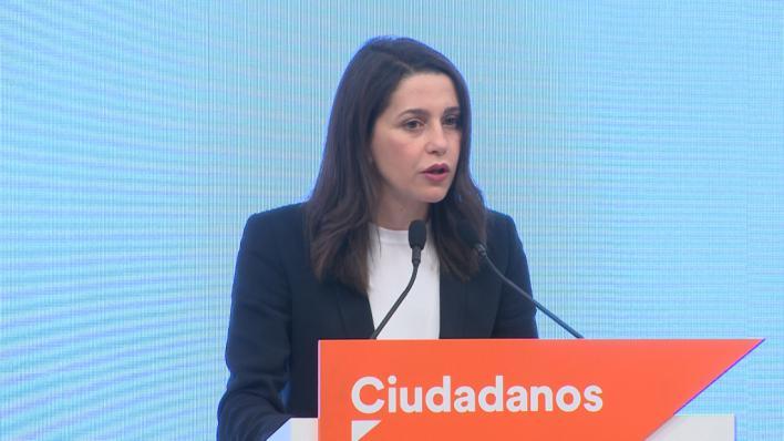 Arrimadas no cierra la puerta a pactos con el PSOE en comunidades autónomas y municipios