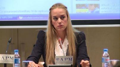 El Gobierno informa de que la mujer y la hija de Leopoldo López están en España