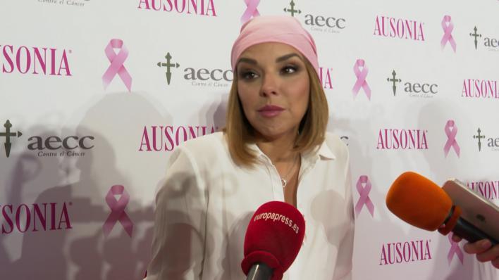 Chenoa, embajadora de la campaña contra el cáncer de Ausonia