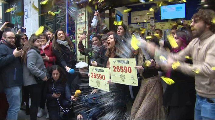 26590, el Gordo de Navidad madruga y se va al Levante, Barcelona y Madrid
