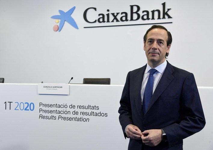 CaixaBank obtiene un beneficio de 90 millones de euros en el primer trimestre