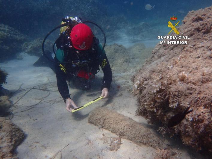 Siete artefactos explosivos esperan ser destruidos tras ser hallados en aguas baleares