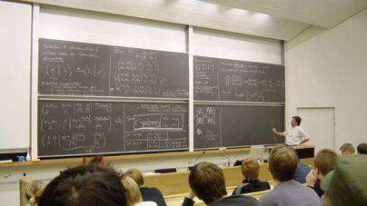 Eivissa destina 400.000 euros a ayudas para estudiantes