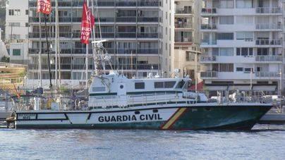La Guardia Civil busca a un joven desaparecido cuando fue a nadar de madrugada