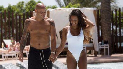 La Spice Girl Mel B y su marido Stephen Belafonte disfrutan de Eivissa