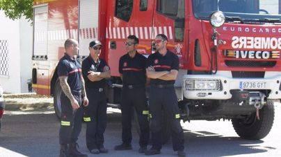 Incendio en una villa de lujo en Es Cubells