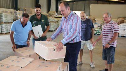 Ayuntamiento y Cooperativa Agrícola de Santa Eulària distribuirán 200 trampas