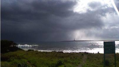 Menorca está en alerta por riesgo lluvias y tormentas este sábado