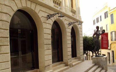 El Govern costeará los 18.000€ de la rehabilitación de la fachada del Teatre Principal de Maó