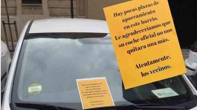 Los vecinos de la Seu protestarán cerrando patios y colgando letreros en los balcones