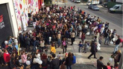 La nueva 007 Party Store atrae a cientos de personas en su inauguración