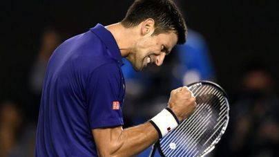 Djokovic ya comparte corona en Australia con Emerson