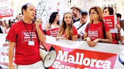 Los antitaurinos piden que Muro y Alcúdia sigan la estela de Palma y sancione por dejar entrar menores