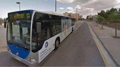 El precio del bus al puerto y al aeropuerto baja un 33% para residentes