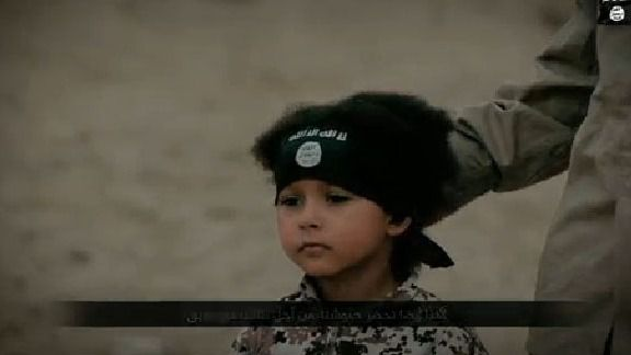 Estado Islámico difunde un vídeo de un verdugo de 4 años