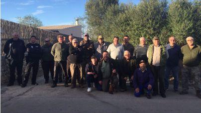 Ajuntament y cazadores unen fuerzas contra la procesionaria