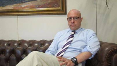 Alberto Pons asegura que no incurre en incompatibilidad