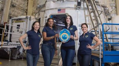La NASA prueba con una tripulación solo de mujeres