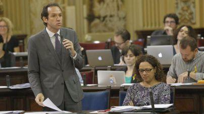 Pons asegura que la Facultad de Medicina se podrá sufragar con el ahorro del