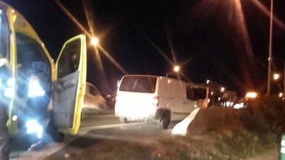 Dos heridos en una colisión entre varios vehículos en la Via de Cintura