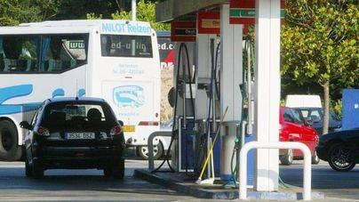 El precio de la gasolina cae por cuarta semana consecutiva
