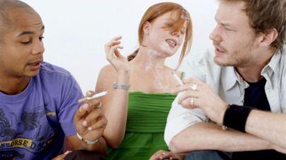 Oler a tabaco también es perjudicial para la salud