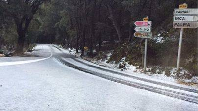 La nieve vuelve a aparecer en las cumbres de Mallorca