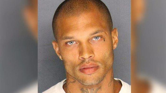 El preso más atractivo sale de la cárcel