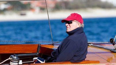 El rey Juan Carlos elige Sanxenxo para volver a navegar