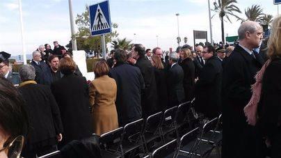 Rajoy y Puigdemont, juntos en el aniversario del accidente de Germanwings