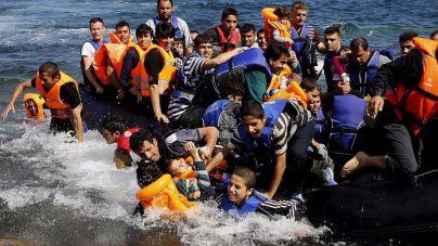 Save the Children también suspende su actividad en los campos griegos
