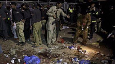 Al menos 70 muertos en un atentado en un parque infantil de Pakistán