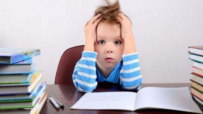 La OMS advierte que los niños tienen demasiados deberes