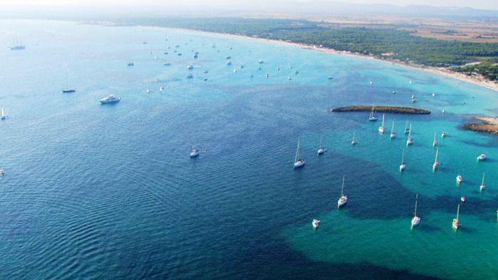La náutica recreativa rechaza la limitación de fondeos en Es Trenc
