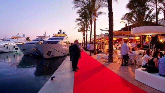 Los turistas extranjeros duplican su gasto en Balears respecto a 2015