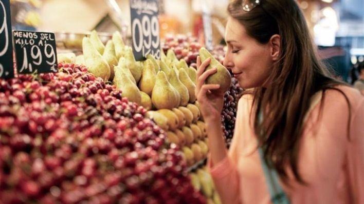 Comer fruta fresca diariamente reduce el riesgo de ictus
